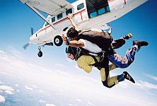 leisure services parachute jumping skydiving